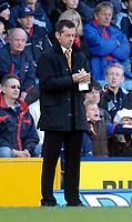 Photo: Alan Crowhurst.<br />Crystal Palace v Hull City. Coca Cola Championship. 20/01/2007. Hull manager Phil Brown makes notes.