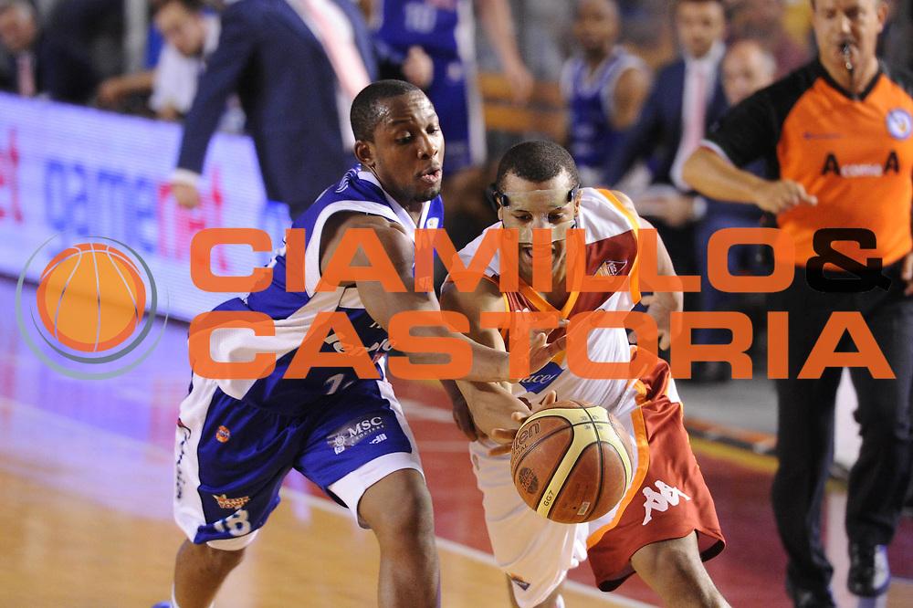 DESCRIZIONE : Roma Lega A 2012-2013 Acea Roma Lenovo Cantu playoff semifinale gara 7<br /> GIOCATORE : Jordan Taylor<br /> CATEGORIA : palleggio penetrazione<br /> SQUADRA : Acea Roma<br /> EVENTO : Campionato Lega A 2012-2013 playoff semifinale gara 7<br /> GARA : Acea Roma Lenovo Cantu<br /> DATA : 06/06/2013<br /> SPORT : Pallacanestro <br /> AUTORE : Agenzia Ciamillo-Castoria/C.De Massis<br /> Galleria : Lega Basket A 2012-2013  <br /> Fotonotizia : Roma Lega A 2012-2013 Acea Roma Lenovo Cantu playoff semifinale gara 7<br /> Predefinita :