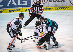 03.03.2019, Keine Sorgen Eisarena, Linz, AUT, EBEL, EHC Liwest Black Wings Linz vs Dornbirn Bulldogs, Qualifikationsrunde, 51. Runde, im Bild v.l. Philipp Pöschmann (Dornbirn Bulldogs), Scott Timmins (Dornbirn Bulldogs) Mathieu Carle (EHC Liwest Black Wings Linz), // during the Erste Bank Eishockey League 50th round match between EHC Liwest Black Wings Linz and Dornbirn Bulldogs at the Keine Sorgen Eisarena in Linz, Austria on 2019/03/03. EXPA Pictures © 2019, PhotoCredit: EXPA/ Reinhard Eisenbauer