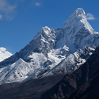 "Ama Dablam (6856m), seen on the way up from Namche Bazar to ""Everest View Hotel""."