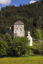 THEMENBILD - die Burg Kaprun mit den umliegenden Wäldern, am Ortsrand von Kaprun, aufgenommen am 23. Mai 2019, Kaprun, Österreich // the castle Kaprun with the surrounding woods, on the outskirts of Kaprun on 2019/05/23, Kaprun, Austria. EXPA Pictures © 2019, PhotoCredit: EXPA/ Stefanie Oberhauser