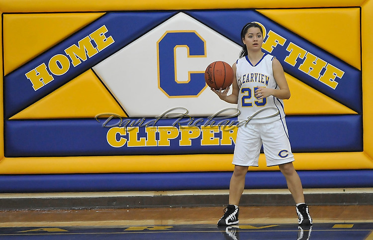The Columbia girls varsity basketball team held on to defeat host Clearview on Saturday, December 11, 2010.