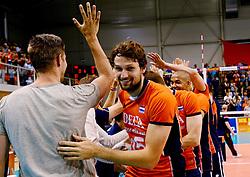 31-05-2015 NED: CEV EK Kwalificatie Nederland - Spanje, Doetinchem<br /> Nederland wint met 3-1 van Spanje en plaatst zich voor het EK in Bulgarije en Italie / Thomas Koelewijn #15