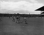18/08/1968<br /> 08/18/1968<br /> 18 August 1968<br /> Under 16 Hurling Final: Down v Kildare at Croke Park, Dublin.