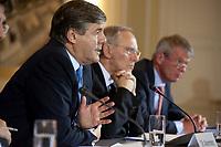04 MAY 2010, BERLIN/GERMANY:<br /> Josef Ackermann (L), Vorstandsvorsitzender Deutsche Bank AG, Wolfgang Schaeuble (M), CDU, Bundesfinanzminister, und Wolfgang Kirsch (R), Vorstandsvorsitzender DZ Bank AG, Pressekonferenz nach einem Gespraech von Vertretern deutscher Bankinstitute mit Schaeuble zu Stuetzung Griechenlands in der Finanzkrise<br /> IMAGE: 20100504-01-038<br /> KEYWORDS: Wolfgang Schäuble, Staatsbankrott