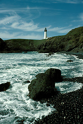 OR: Oregon Coast, Yaquina Head, lighthouse, 2005 .Image: oryaquin201..Photo Copyright: Lee Foster, lee@fostertravel.com, www.fostertravel.com, (510) 549-2202.