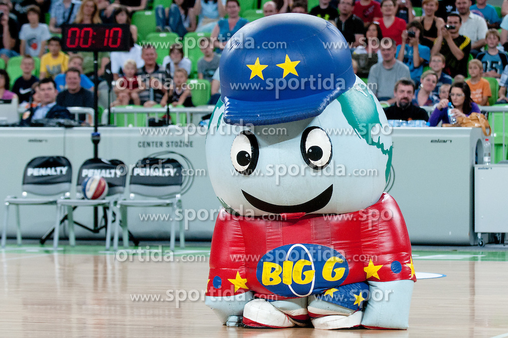 Big G at The Harlem Globetrotters Show, on May 26, 2011 in SRC Stozice, Slovenia. (Photo by Matic Klansek Velej / Sportida)