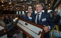 UTRECHT -  De nieuwe NGF President, Caroline Huyskes-Van Doorne met rechts  aftredend president,Willem Zelsmann,   Algemene Ledenvergadering van de Nederlandse Golf Federatie NGF.   COPYRIGHT KOEN SUYK
