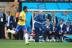 Técnico Luiz Felipe Scolari na partida entre Brasil x Croácia, na abertura da Copa do Mundo 2014, no Estádio Arena Corinthians, em São Paulo. FOTO: Jefferson Bernardes/ Agência Preview