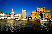 The Taj Mahal Hotel and the Gateway to India arch, Mumbai (Bombay), Maharashtra, India