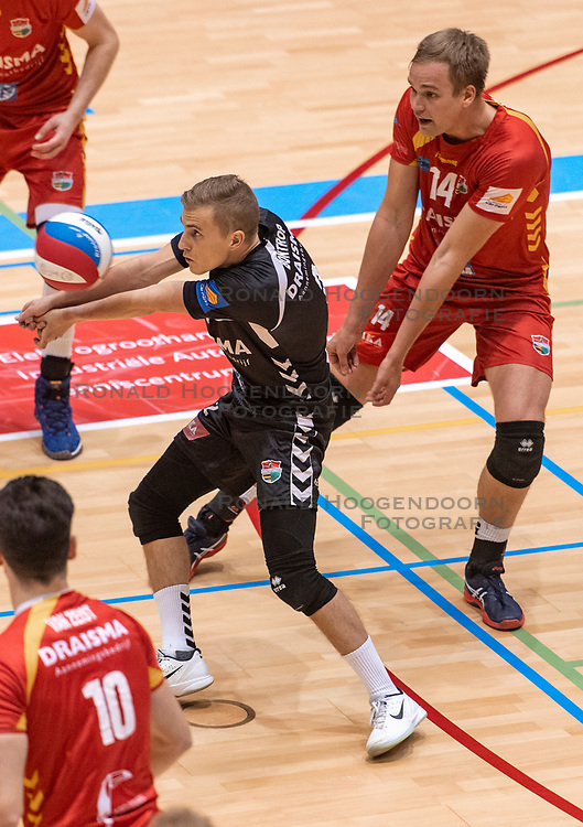 14-04-2019 NED: Achterhoek Orion - Draisma Dynamo, Doetinchem<br /> Orion win the fourth set and play the final round against Lycurgus. Dynamo won 2-3 / Dustin Bontrop #2 of Dynamo