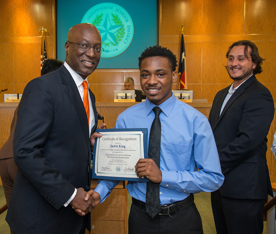 Houston ISD Interim Superintendent Ken Huewitt and Justin King pose for a photograph during a meeting of the Board of Trustees, June 9, 2016.