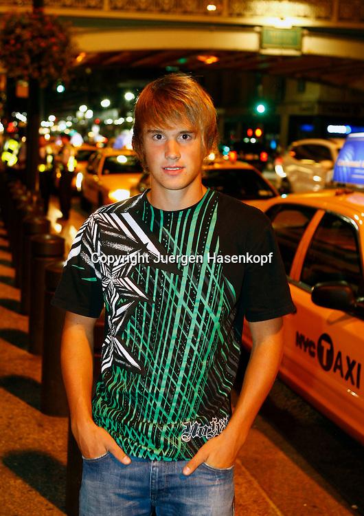 BTV Junioren Tennis Spieler Matthias Wunner sightseeing  in New York City am Abend,privat,