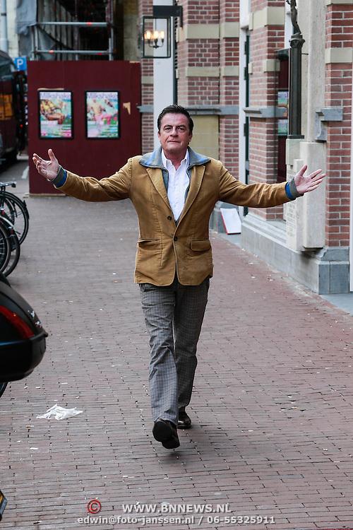 NLD/Amsterdam/20130428 - Premiere Jon en de Jongens, Johnny Kraaijkamp
