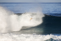 December 18, 2017 - Oahu, Hawaii, U.S. - Reigning World Champion and current World No.1 on the Jeep Leaderboard John John Florence of Hawaii advances to the Quarterfinals of the 2017 Billabong Pipe Masters after winning Heat 2 of Round Four at Pipe, Hawaii, USA.  Florence keeps his hopes of a second consecutive World Title alive with each heat he wins...Billabong Pipe Masters 2017, Hawaii, USA - 18 Dec 2017 (Credit Image: © WSL via ZUMA Wire/ZUMAPRESS.com)