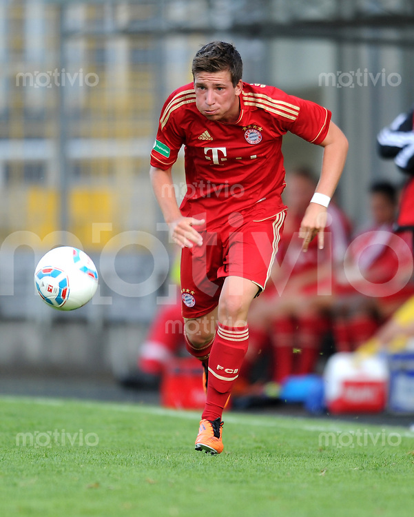 FUSSBALL  Regionalliga Sued     SAISON  2011/2012     12.08.2011 FC Bayern Muenchen II - FC Memmingen Pascal Reinhardt (FC Bayern II)