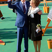 Koningsdag 2014 in de Rijp, het vieren van de verjaardag van de koning. / Kingsday 2014 in the Rijp , celebrating the birthday of the King. <br /> <br /> <br /> Op de foto / On the photo:   Prinses Margiet en Pieter van Vollenhoven  / Princess Margiet and Pieter van Vollenhoven