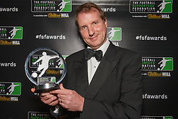 LONDON, ENGLAND - Monday, December 16, 2013: Daily Telegraph journalist Henry Winter receives the Writer of the Year Award at the Football Supporters Federation Awards Night at the Emirates Stadium. (Pic by Steve Welsh/William Hill/Propaganda).