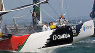 ENGLAND, Cowes, iShares Cup, 2nd August, Masirah and Gitana Extreme-Groupe LCF Rothschild round the top mark.