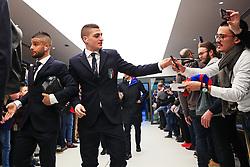 Lorenzo Insigne and Marco Verratti of Italy greet fans on arrival at the Etihad Stadium - Mandatory by-line: Matt McNulty/JMP - 23/03/2018 - FOOTBALL - Etihad Stadium - Manchester, England - Argentina v Italy - International Friendly