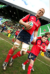 Munster captain, Paul O'Connell leads Munster out onto the pitch. Montauban v Munster,  Heineken Cup Pool A match in Montauban, France.
