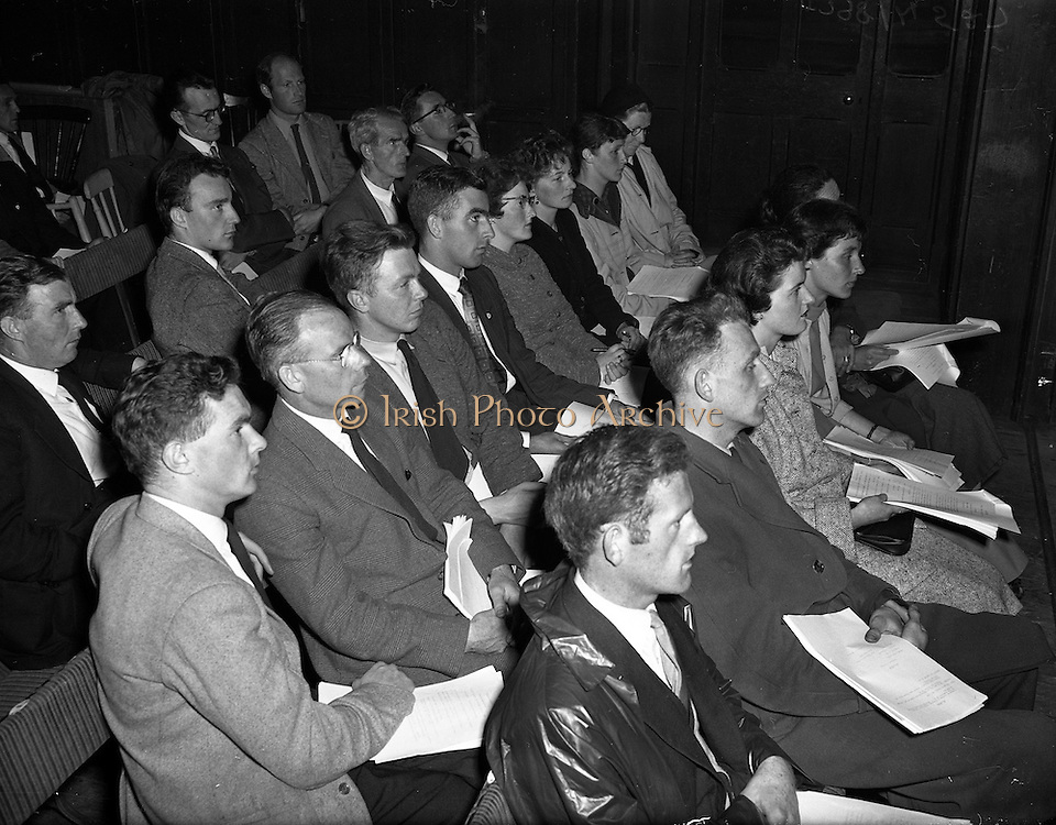 03/09/1958<br /> 09/03/1958<br /> 03 September 1958<br /> Opening of Gael Linn Drama Course at Damer Hall Dublin for Producers. image shows some of the attendees at the course.