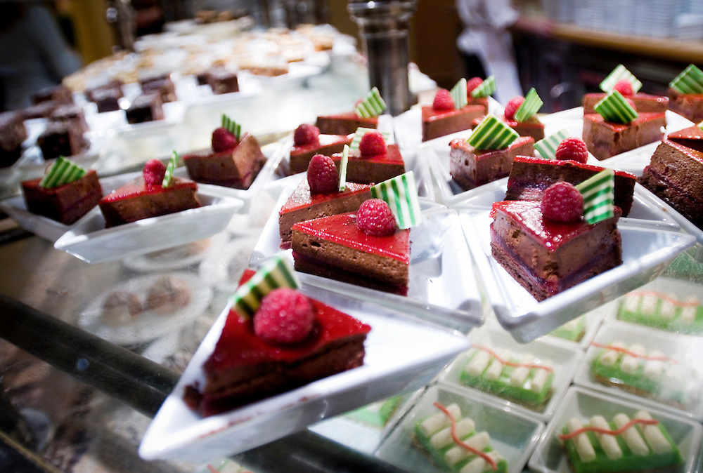 Chocolate pastries at the buffet of the Bellagio Hotel in Las Vegas..Photographer Chris Maluszynski /MOMENT