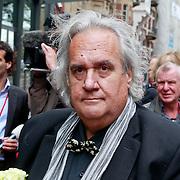 NLD/Amsterdam/20110722 - Afscheidsdienst voor John Kraaijkamp, Han Peekel