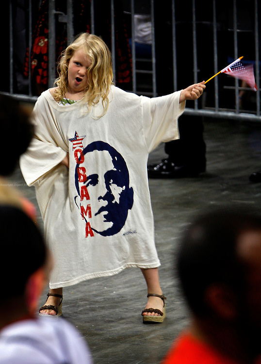 Tampa - St. Petersburg, Florida, USA, 20080521: Young Obama supporter Bella Wright does a rock star imitation, during a campaign rally for Democratic presidential hopeful Senator Barack Obama at the St. Pete Times Forum in Tampa, Florida. The rally was the first stop on a three-day campaign swing for Obama who hadn't been to the state since last Fall.Photo: Orjan F. Ellingvag/ Dagens Naringsliv/Corbis