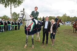 Breen Shane (IRL) - Carmena Z<br /> Winner of the Grand Prix congratulated by Major of Lummen Luc Wouters and Reeckmans Cynthia (TVL)<br /> CSIO Lummen 2010<br /> © Dirk Caremans