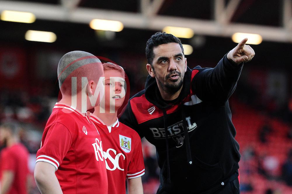 Mascot with Scott Murray - Mandatory by-line: Dougie Allward/JMP - 05/04/2016 - FOOTBALL - Ashton Gate Stadium - Bristol, England - Bristol City v Rotherham United - Sky Bet Championship