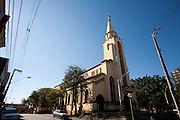 Itauna_MG, Brasil...Igreja Matriz de Santana, na Praça Dr. Augusto Goncalves, em Itauna...Santana church in the Dr. Augusto Goncalves square in Itauna...Foto: LEO DRUMOND / NITRO