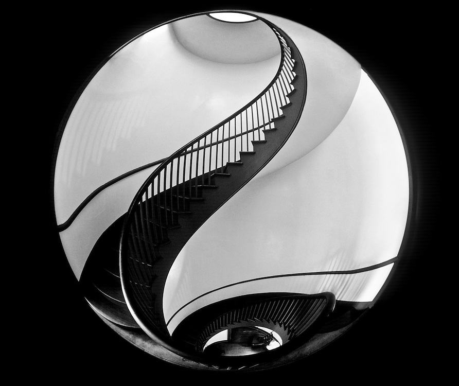 Spiral staircase in Trustee House, Shaker Village of Pleasant Hill, Harrodsburg, KY.  Micajah Burnett, Architect