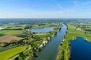 Nederland, Noord-Brabant, Den Bosch, 13-05-2019; Maas ter hoogte van ingang Máximakanaal (verlengde van Zuid-Willemsvaart) <br /> River Meuse near entrance new Máxima channel.<br /> aerial photo (additional fee required); luchtfoto (toeslag op standard tarieven); copyright foto/photo Siebe Swart