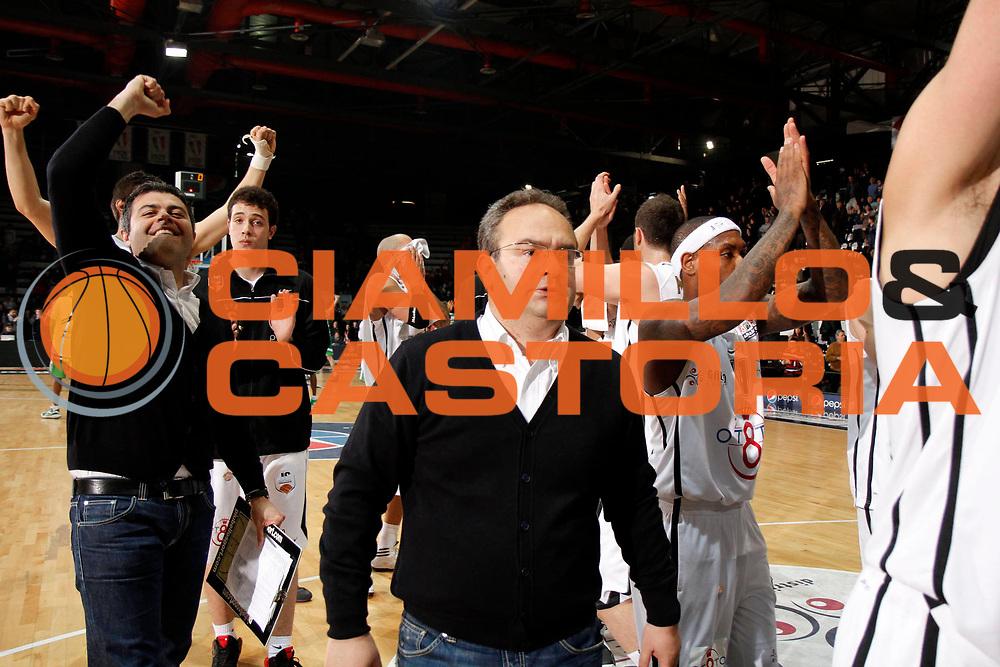 DESCRIZIONE : Caserta Lega A 2011-12 Otto Caserta Sidigas Avellino<br /> GIOCATORE : Team Otto Caserta<br /> SQUADRA : Otto Caserta<br /> EVENTO : Campionato Lega A 2011-2012<br /> GARA : Otto Caserta Sidigas Avellino<br /> DATA : 15/04/2012<br /> CATEGORIA : esultanza <br /> SPORT : Pallacanestro<br /> AUTORE : Agenzia Ciamillo-Castoria/A.De Lise<br /> Galleria : Lega Basket A 2011-2012<br /> Fotonotizia : Caserta Lega A 2011-12 Otto Caserta Sidigas Avellino<br /> Predefinita :