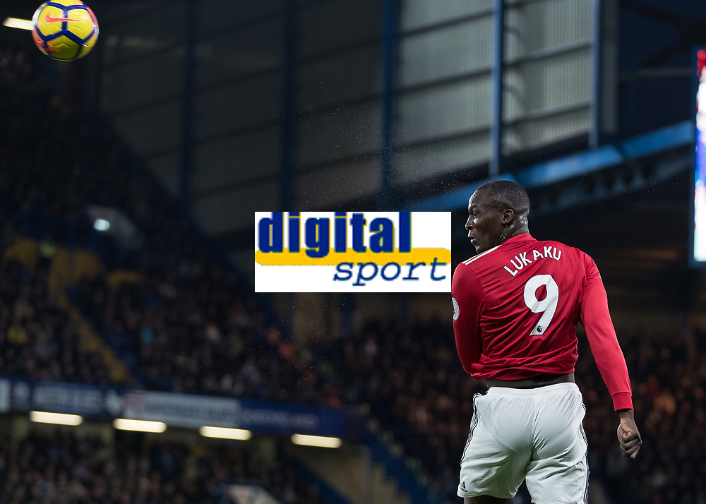Football - 2017 / 2018 Premier League - Chelsea vs Manchester United<br /> <br /> Romelu Lukaku (Manchester United) heads the ball at Stamford Bridge <br /> <br /> COLORSPORT/DANIEL BEARHAM