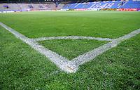 FUSSBALL     1. BUNDESLIGA     SAISON 2007/2008 Symbolbild Fussball, Stadion mit Focus auf Eckballmarkierung. Fotografiert am 06.05.2008 im Rewirpowerstadion in Bochum
