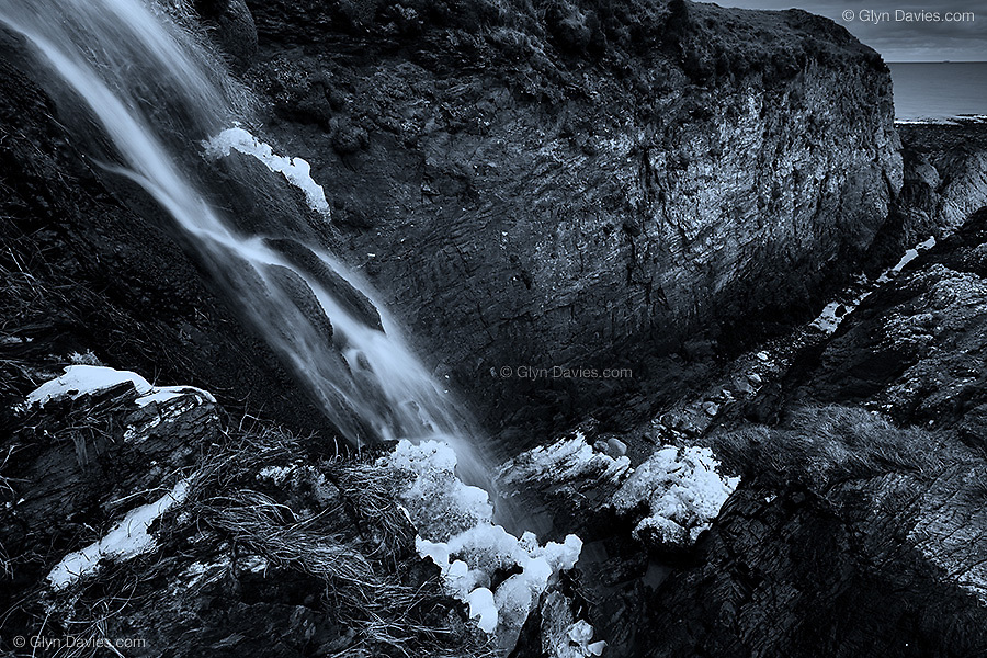 Amazingly, even with no snow on the ground and 1º temperatures, thick clumps of ice clung to a stream side just 100ft from the warm sea. It was most bizarre but fascinating..Available in four sizes from 3 x A1 Editions, 5 x A2 Editions and unlimted A3 and A4 prints.
