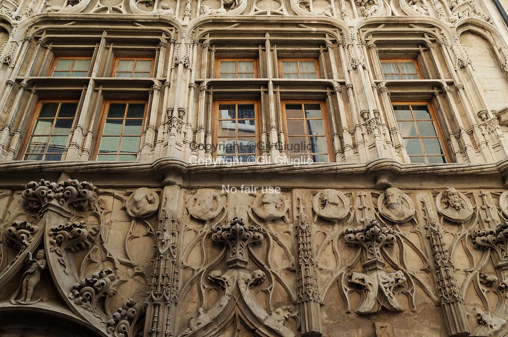 France, Auvergne-Rhône-Alpes, Drôme (26), vieille-ville de Valence, Maison des Têtes // France,  Auvergne Rhone Alpes region, department of Drome, House of Heads in old town