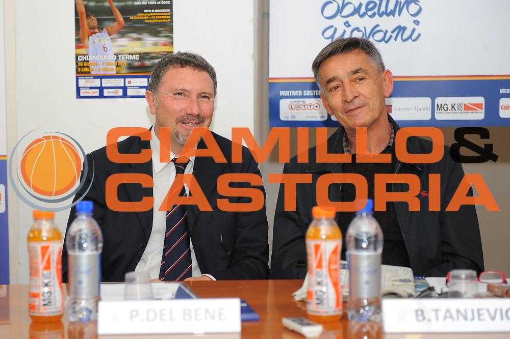 DESCRIZIONE : Roma Lega A 2010-11 Presentazione Conferenza Stampa Corso di Formazione Obiettivo Giovani Lottomatica Virtus Roma <br /> GIOCATORE : Paolo Del Bene Boscia Tanjevic<br /> SQUADRA : <br /> EVENTO : Campionato Lega A 2010-2011 <br /> GARA : <br /> DATA : 04/04/2011<br /> CATEGORIA : Ritratto<br /> SPORT : Pallacanestro <br /> AUTORE : Agenzia Ciamillo-Castoria/GiulioCiamillo<br /> Galleria : Lega Basket A 2010-2011 <br /> Fotonotizia : Roma Campionato Italiano Lega A 2010-2011 Presentazione Conferenza Stampa Corso di Formazione Obiettivo Giovani Lottomatica Virtus Roma<br /> Predefinita :