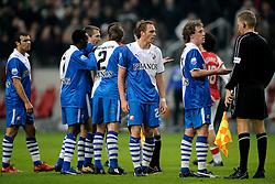 30-11-2008 VOETBAL: AJAX - FC UTRECHT: AMSTERDAM<br /> Ajax speelt gelijk tegen FC Utrecht 1-1 / Opstootje Sander Keller en Barry Maguire met scheidsrechter Tom van Sichem<br /> ©2008-WWW.FOTOHOOGENDOORN.NL