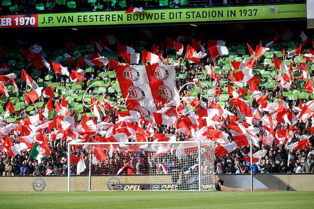 23-10-2016 VOETBAL: EREDIVISIE: FEYENOORD- AJAX: ROTTERDAM <br /> <br /> Supporters van Feyenoord<br /> <br /> Foto: Geert van Erven