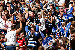 Bath supporters celebrate a penalty - Photo mandatory by-line: Rogan Thomson/JMP - 07966 386802 - 30/05/2015 - SPORT - RUGBY UNION - London, England - Twickenham Stadium - Bath Rugby v Saracens - 2015 Aviva Premiership Final.