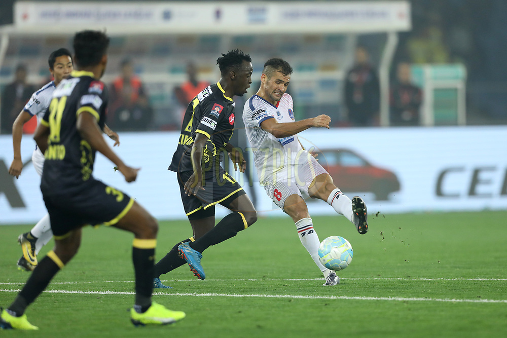 Paulinho Dias of Delhi Dynamos FC  and keziron Kizito of Kerala Blasters FC during match 43 of the Hero Indian Super League between Delhi Dynamos FC and Kerala Blasters FC  held at the Jawaharlal Nehru Stadium, Delhi, India on the 10th January 2018<br /> <br /> Photo by: Arjun Singh  / ISL / SPORTZPICS