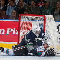 042216 Round 3 Game 1 Seattle Thunderbirds at Kelowna Rockets