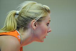 30-10-2011 VOLLEYBAL: NEDERLAND - BELGIE: ZWOLLE <br /> Nederland wint de tweede oefenwedstrijd met 3-2 van Belgie / Laura Dijkema<br /> ©2011-WWW.FOTOHOOGENDOORN.NL