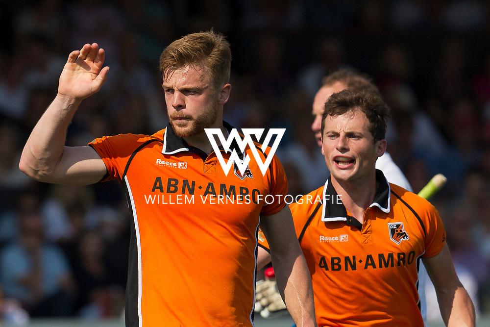 Amsterdam - Amsterdam - Oranje Zwart,   Heren, Hoofdklasse Hockey Heren, Seizoen 2015-2016, 07-05-2016, Amsterdam - Oranje Zwart 2-3, strafcorner Mink van der Weerden.