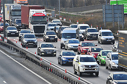 &copy; Licensed to London News Pictures.22/12/2017.<br /> Dartford, UK.<br /> Very heavy traffic Anti-clockwise M25 near Dartford Crossing.<br /> Frantic Friday Christmas traffic chaos on the M25 Junction 1A. <br /> Photo credit: Grant Falvey/LNP