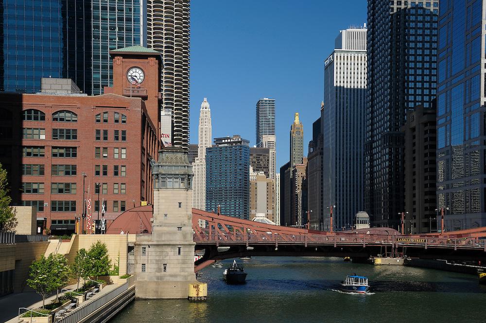 Chicago River, Downtown, Chicago, Illinois, USA