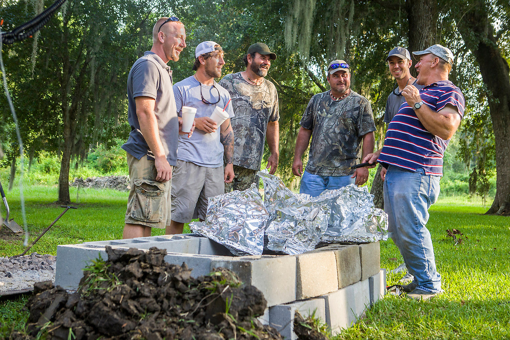 "The Texans and the Landrys swap swamp stories as Troy Landry and family prepare for Swampsgiving on the History Channel's ""Swamp People"""